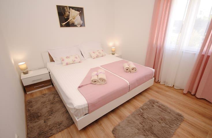 Apartment Mardi - Kaštel Štafilić - Pokój gościnny