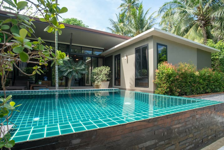 Merasi Private Pool Villa