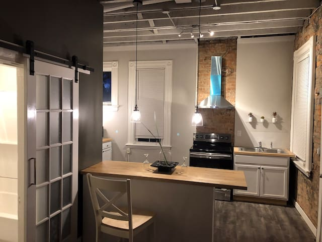 Trendy Loft-Style Space in the Heart of Covington