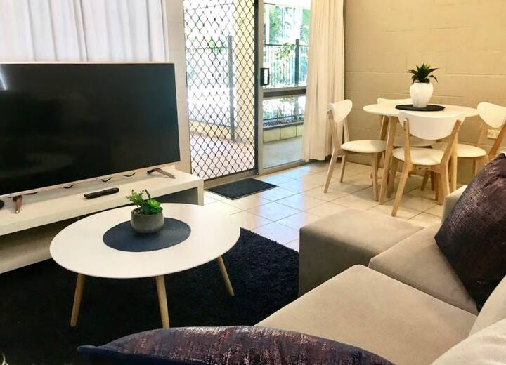 Neat As A Pin - Unlimited NBN & Chromecast