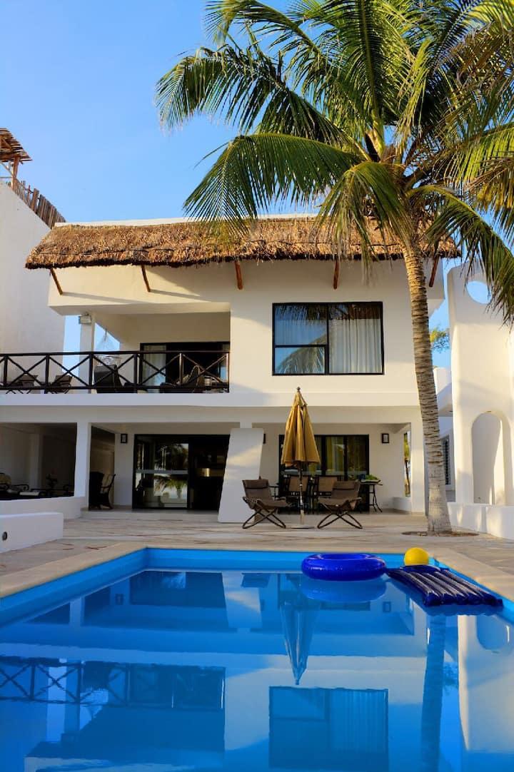 Casa frente al mar en Uaymitún Yuc.