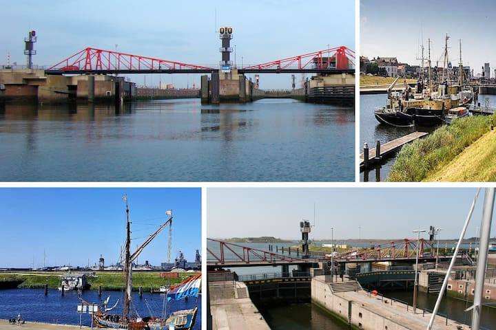 The Southern Lock (Zuidersluis) in front of the Cottage, connects the North Sea  and the North Sea Canal. Pic 1 seen to the east (from seaside). Pic 2 seen to southwest, 3 to the northwest and pic 4 to the west (Fort Island and North Sea)