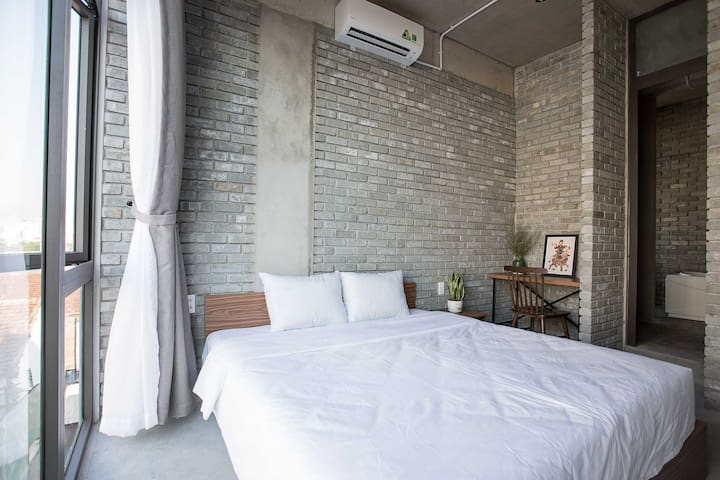 02-Bedrooms Aparment (4ppl) - Next to Han Market