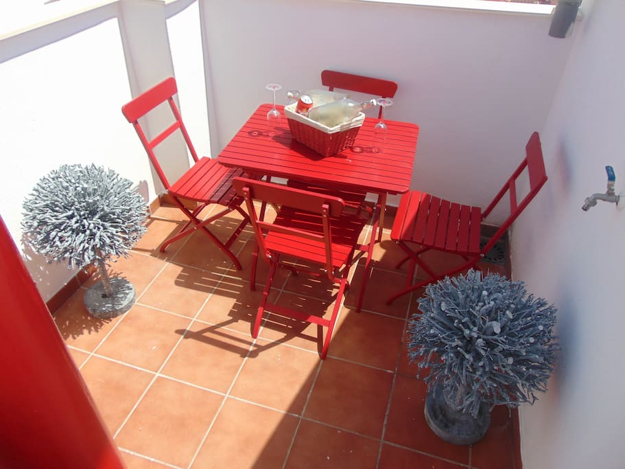 Have breakfast on the smaller terrace.