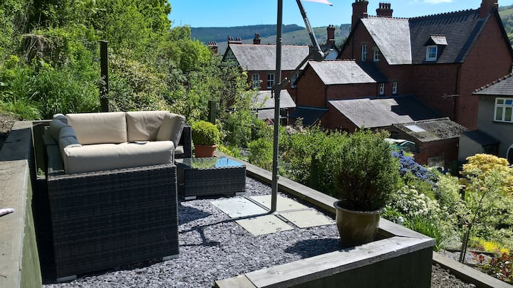 Family home close to the centre of Llangollen