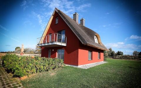 Traumhaftes Ferienhaus Felderblick Gustowerhöfen