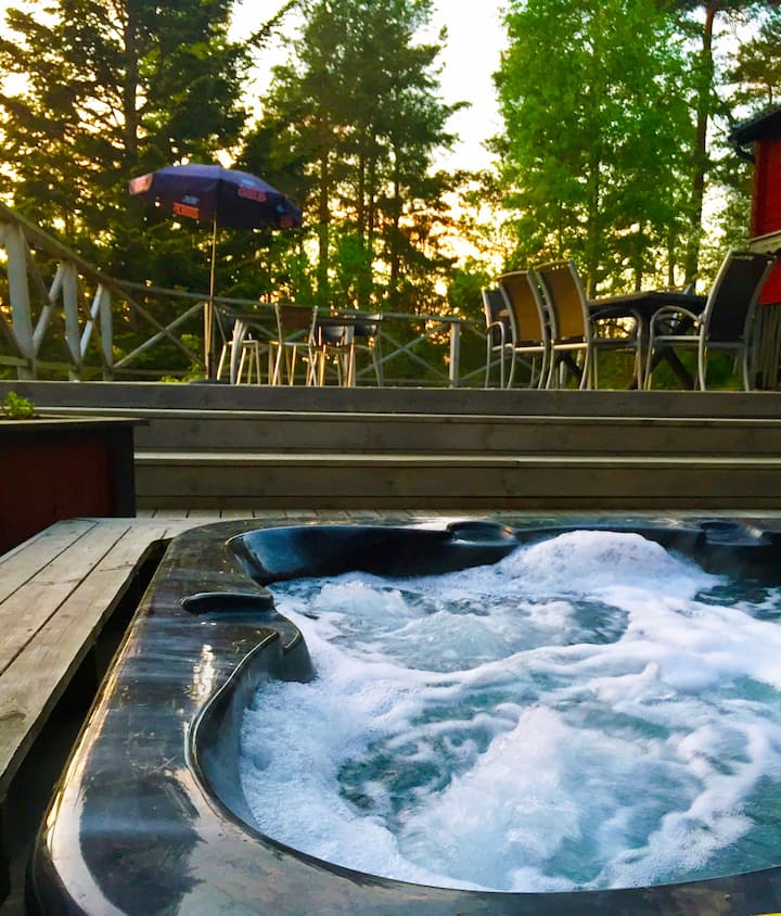 Näkna Hill - House for 6p with an outdoor Jacuzzi