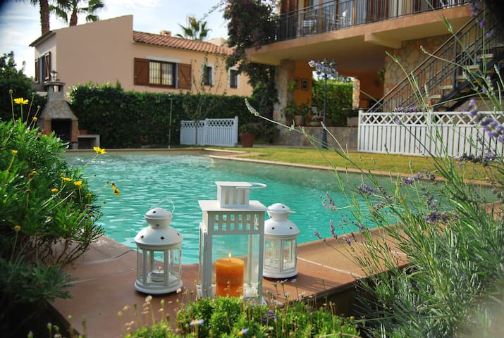 Vacaciones Familiares - Creixell - House