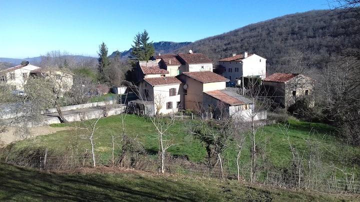 L'Oustalet, maison au pieds des Pyrénées