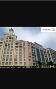 Studio Unit in Resorts World Manila - Pasay