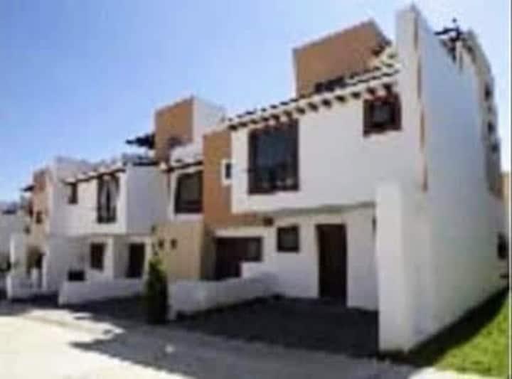 Habitación de Lujo en Residencial Toscana Lerma
