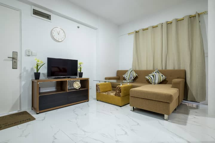 2 bedrooms with pool and roof bar near AEON mall 2