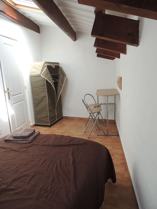 Lovely room  with wardrobe and bar table + 2 chairs.