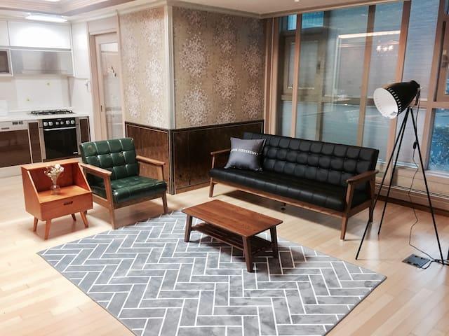 1min from subway station [Wonderful Stay] 84m2 - Busanjin-gu - Apartamento