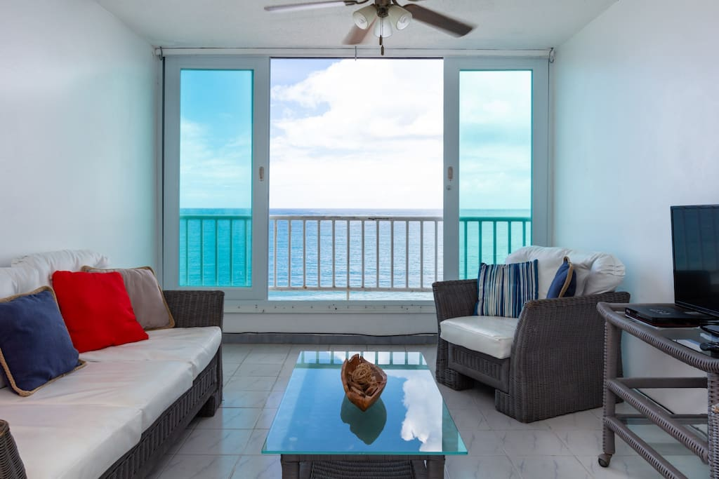 Direct Oceanfront Unit with a Breathtaking View