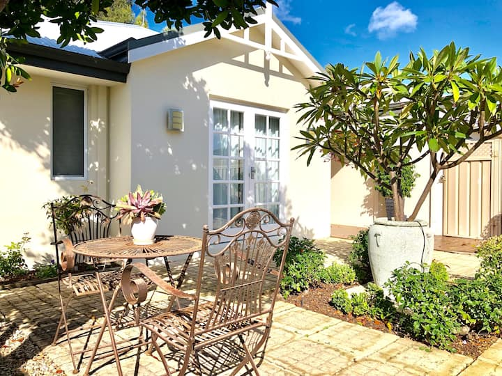 Peaceful Haven-Perfect for families & PET FRIENDLY