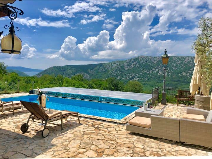 Exklusive Villa ***** mit Meerblick zur Insel Krk