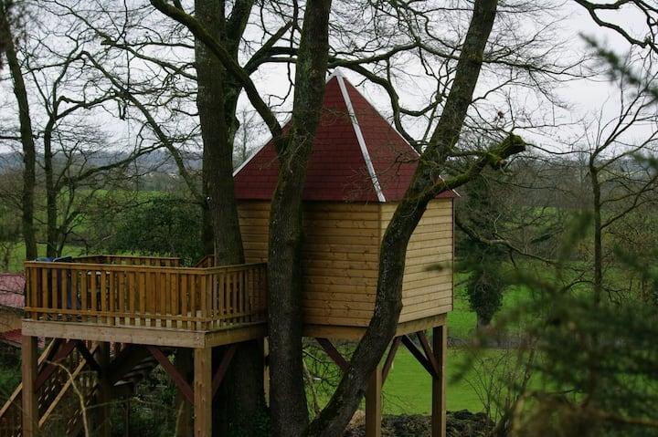 Cabane des Loges située à 6k de Falaise.