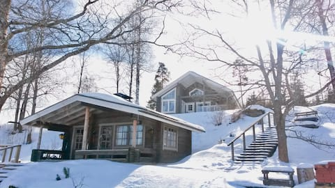 Scandinavian lakeside cottage, 35 km from Tampere