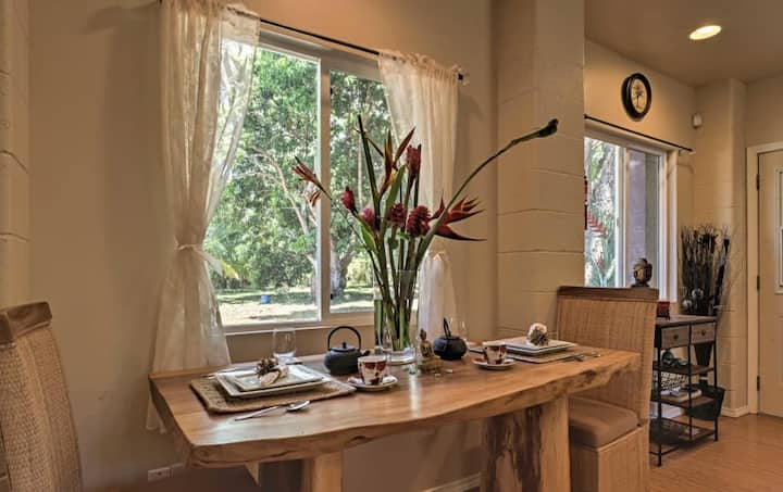 The Breezeway Studio- Breathe in and Enjoy Nature!