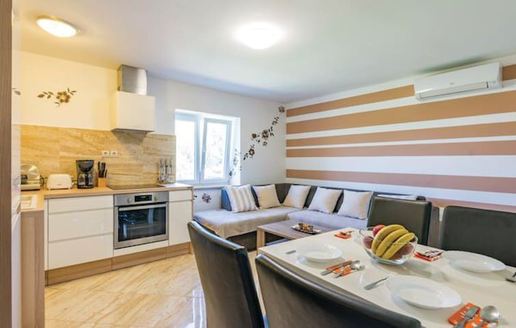 Kaya - lovely flat in ❤️ of Istria - Sv. Petar u Šumi - Byt