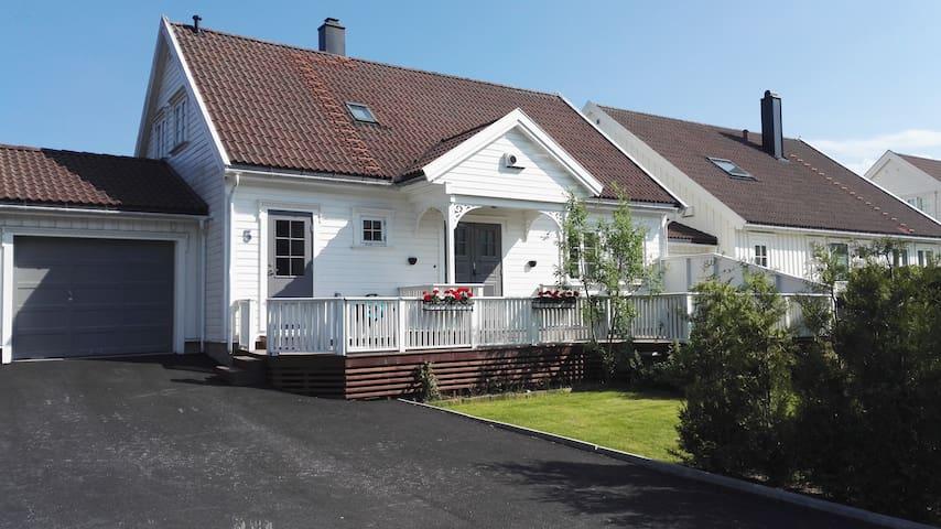 Koselig sørlandshus - Grimstad