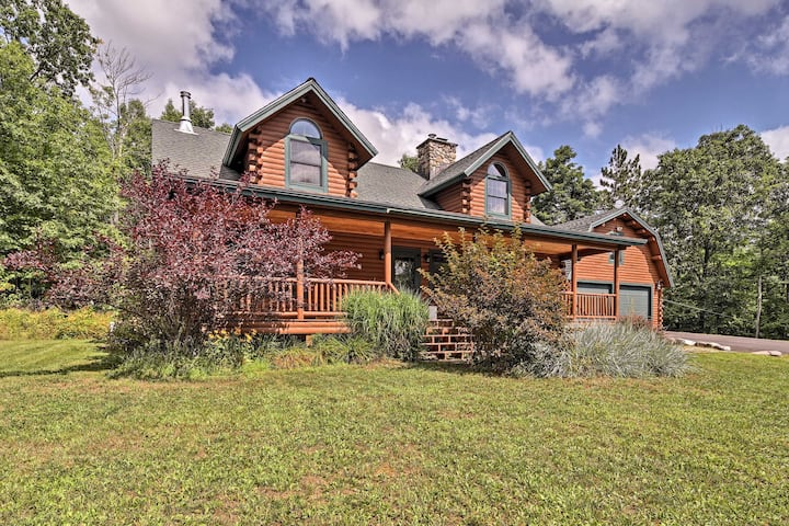 Stellar Wilmington House on 20 Wooded ADK Acres!