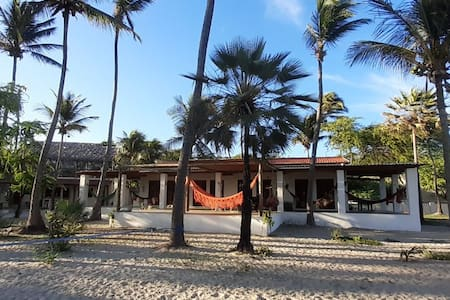 Paraiso do Mel - private beach house