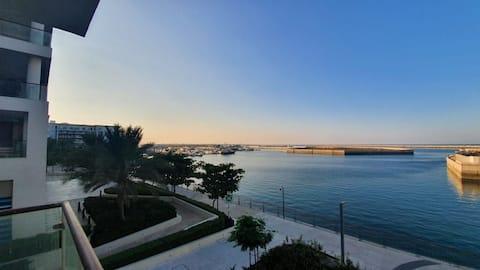 Amazing 2 bedroom full Seaview apartment Al Mouj