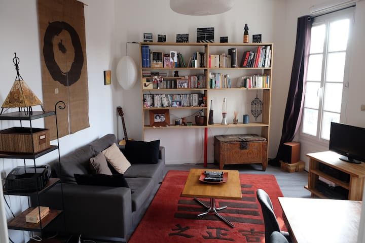 Cosy and quiet 3 rooms duplex in the very centre - Fontainebleau - Daire
