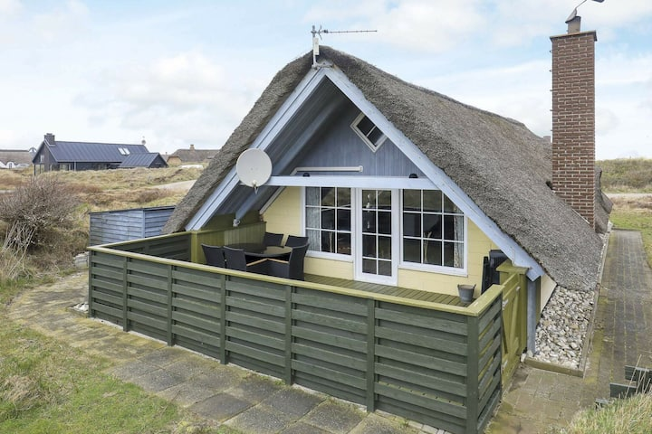 Remote Holiday Home in Ringkøbing with Sauna
