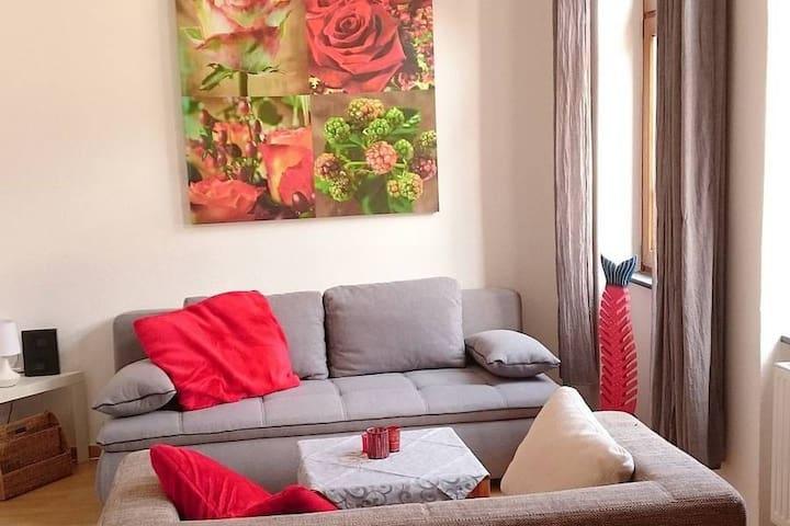 Gemütliche 2-Zimmer-Wohnung im Zentrum von Güls