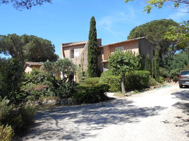 Villa La Poulido - Grimaud - Rumah
