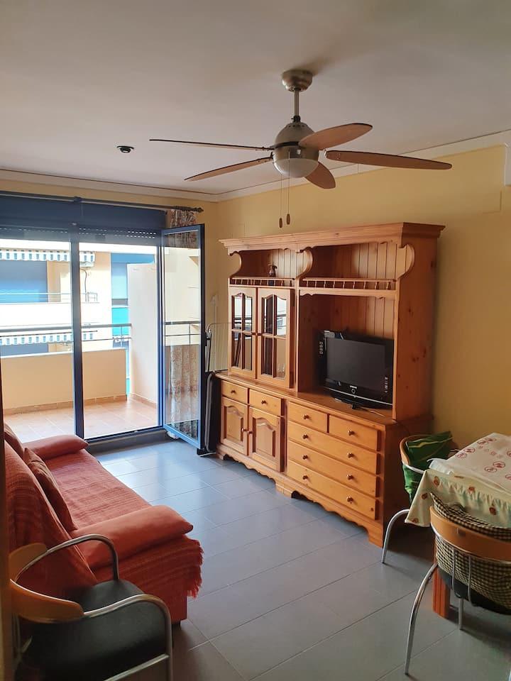Apartamento piscina garaje a 50 metros de la playa