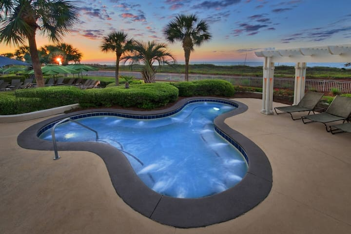 Marriott's HiltonHead Barony Beach 2Bd2Bath Gdn Vw