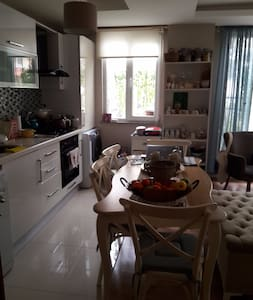 LOVELY HOME IN AN AMAZING REGION - Büyükçekmece