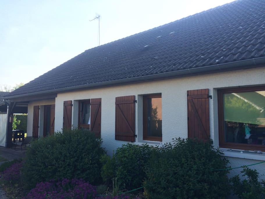 maison en lotissement avec grand jardin terrasse houses