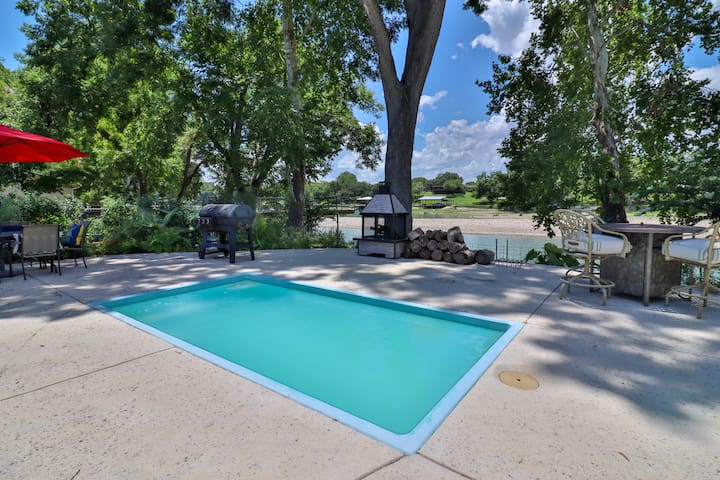 New Braunfels Dream House w/ Back Porch Oasis