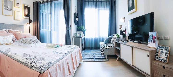 月租11000泰铢沧1拉差达火车夜市Huaikhwang亚洲设计大奖社区中文房东一室整套