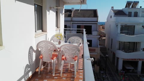 SPACIOUS FLAT IN THE CENTER OF LA ANTILLA