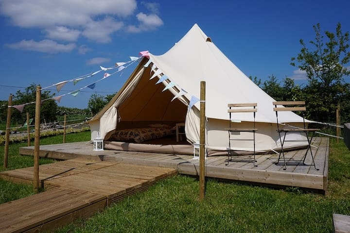 Swanns Bridge Luxury Bell Tent