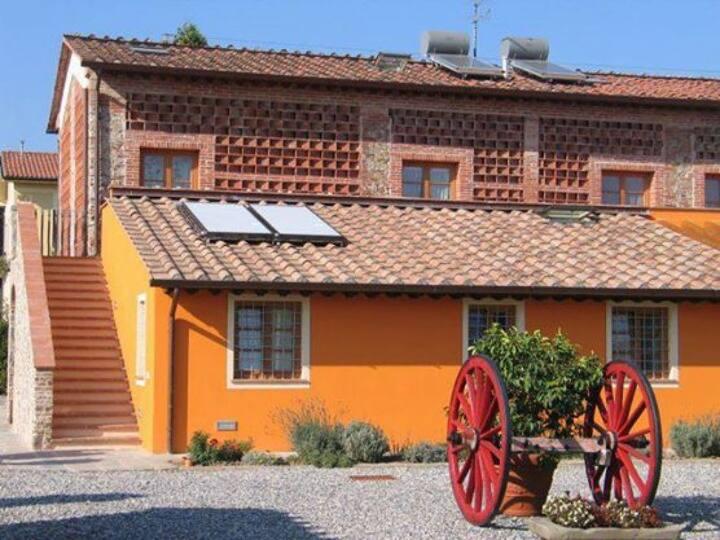 Libeccio: Appartamento nella Campagna Toscana