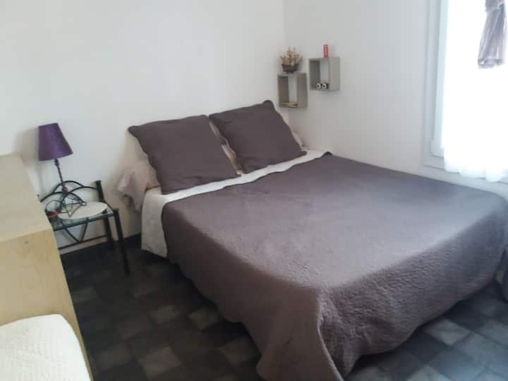 Chambre dans un appartement  T4