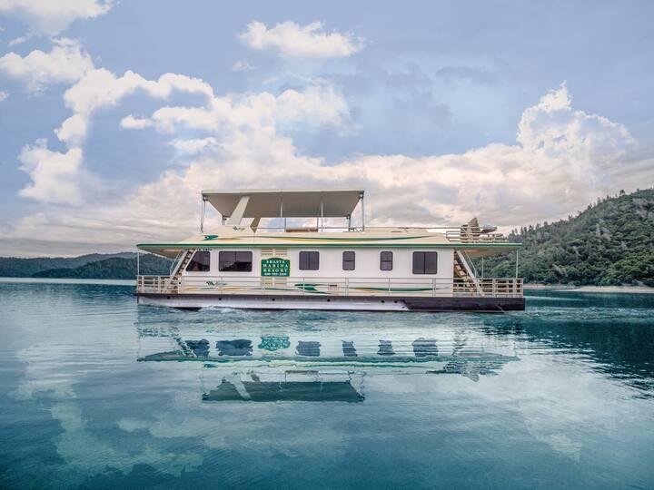 Shasta Marina Mirage I Houseboat.