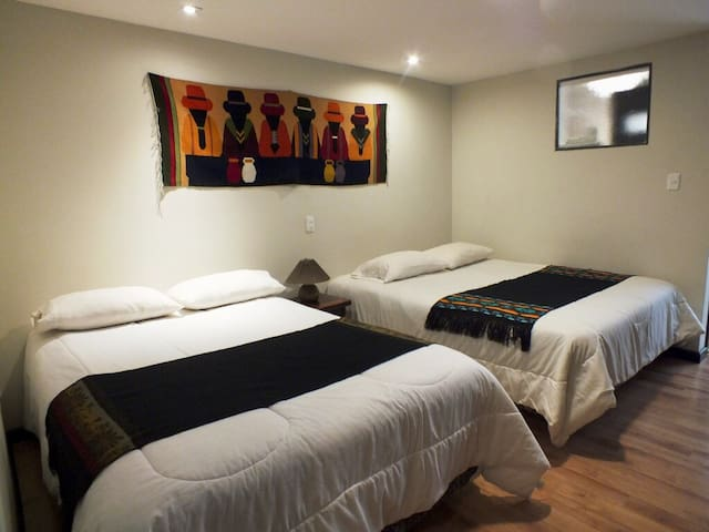 Cuenca Rooms bed and breakfast