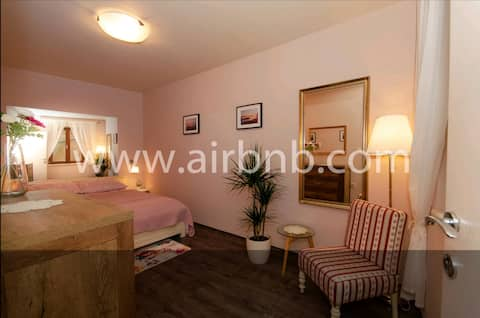 Apartment in the center, Old town, GLORIA II
