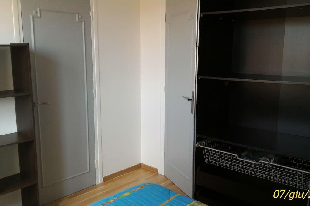 Grande armoire / espace de rangement