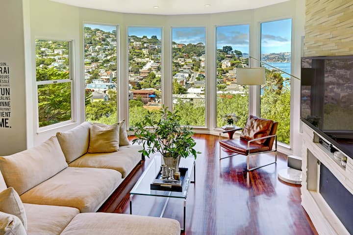 Bright Sausalito Home with Panoramic Bay Views