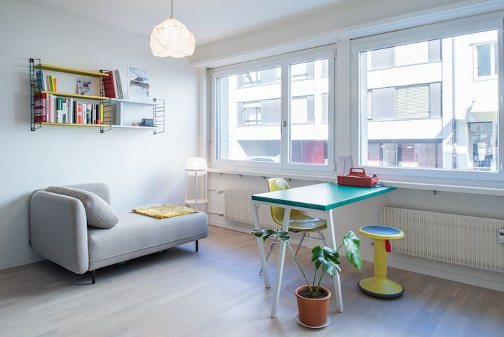 Inspiring, fresh flat close to central station