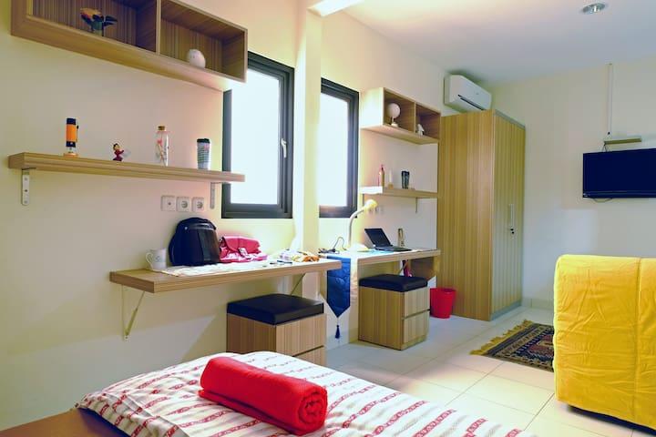 BINTO kost Cemputih - Family Room - Central Jakarta - Apartment